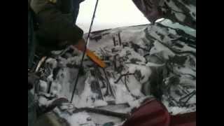 Снег под капотом! Экстремальная рыбалка.