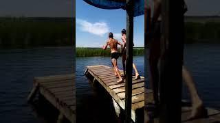 Переднее сальто в воду