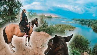 КОННАЯ ПРОГУЛКА по лесу / галоп на лошадях
