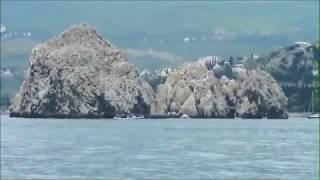Крым. Морская прогулка на теплоходе вдоль побережья.