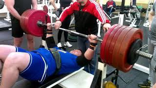 Жим лёжа 290 кг в майке однослойной супер катана титан экстрим 2013 год. Собственный вес 112кг