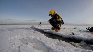 Экстремальная рыбалка на корюшку , Комарово Финский Залив