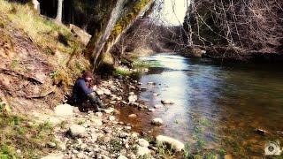 Рыбалка в лесном лагере на красивой речке. Готовим в казане пастуший пирог. #ADVENTURESBROTHERS